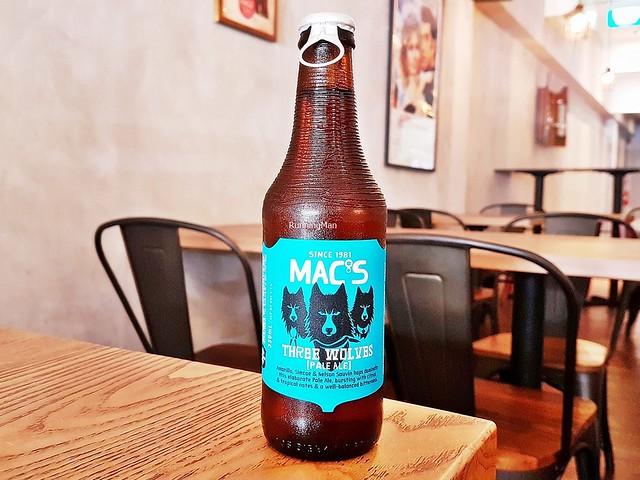 Beer Mac's Three Wolves