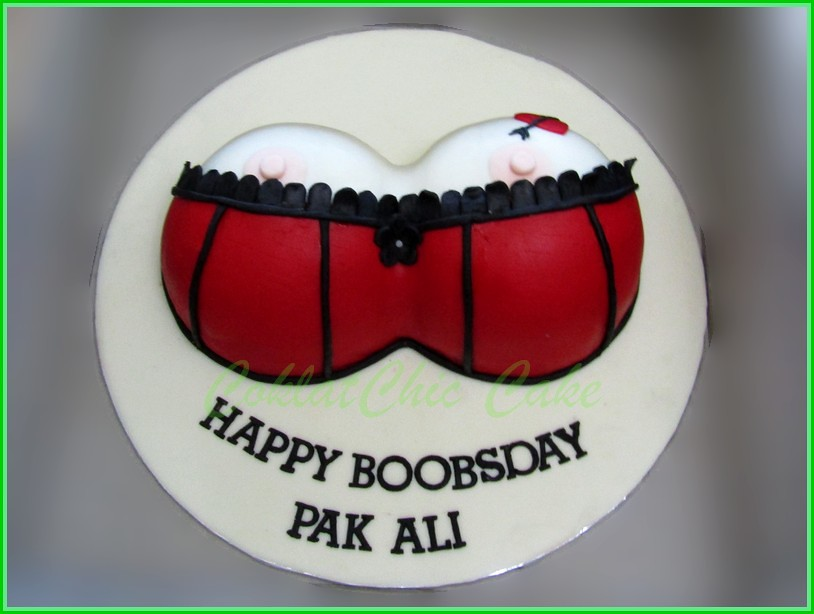 Cake BOOBS PAK ALI 20 cm
