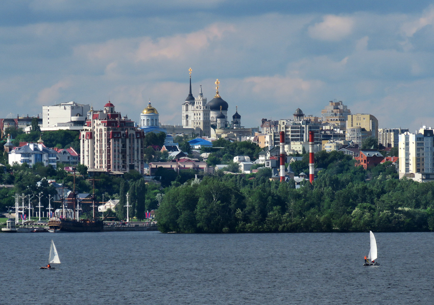 Воронеж не разбомбили