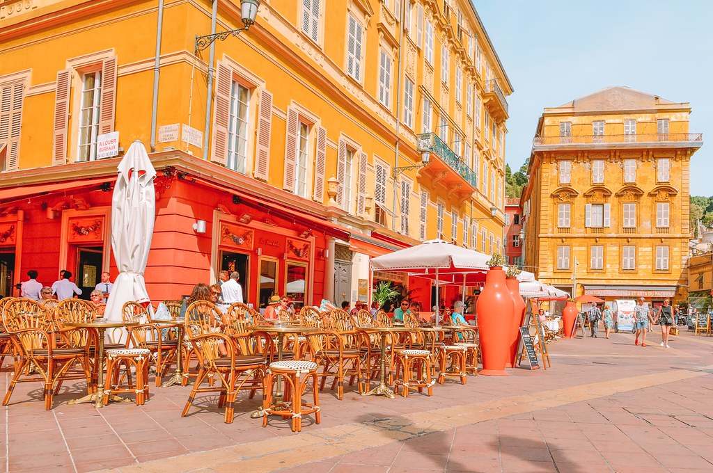 Nice - The Most Romantic Honeymoon Destinations in Europe (planningforeurope.com) (3)