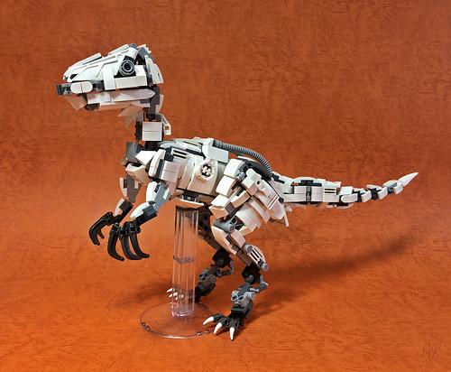 LEGO Mecha Velociraptor-01