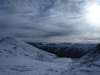 ペユル(白玉)からカトクゴンパ(噶蛇寺) 2 - 雪山の峠を越え、カトクゴンパへ