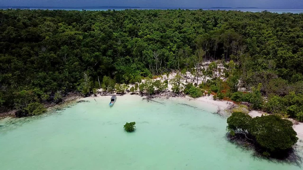 Duroa Island, Kei, Tual, Moluccas
