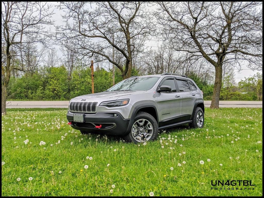 Window deflectors - 2014+ Jeep Cherokee Forums