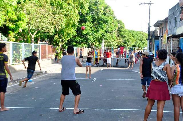 24.04.18 Projeto Brincando de rua no bairro Aparecida