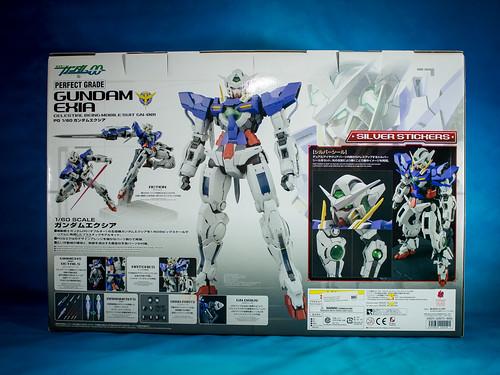 Perfect _Grade_Gundam_Exia_02