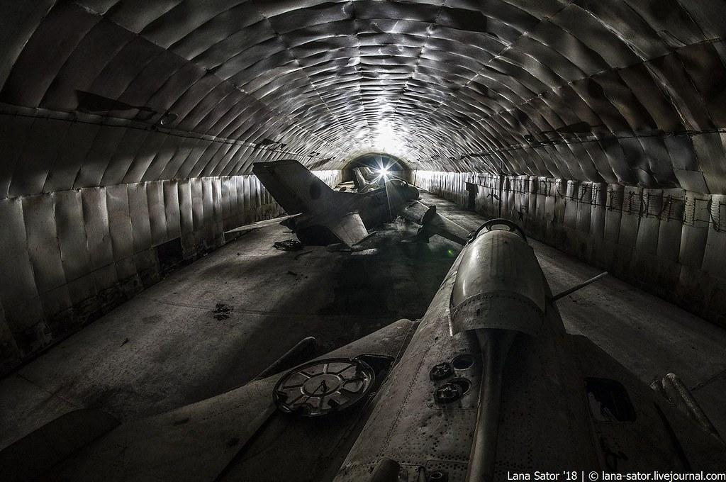 Дело пахнет керосином: заброшенные подземные авиабазы Восточной Европы