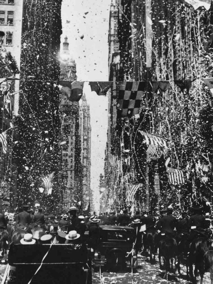 Tickertape parade for Charles Lindbergh through the skyscrapers along Broadway, Manhattan, New York on June 13, 1927.