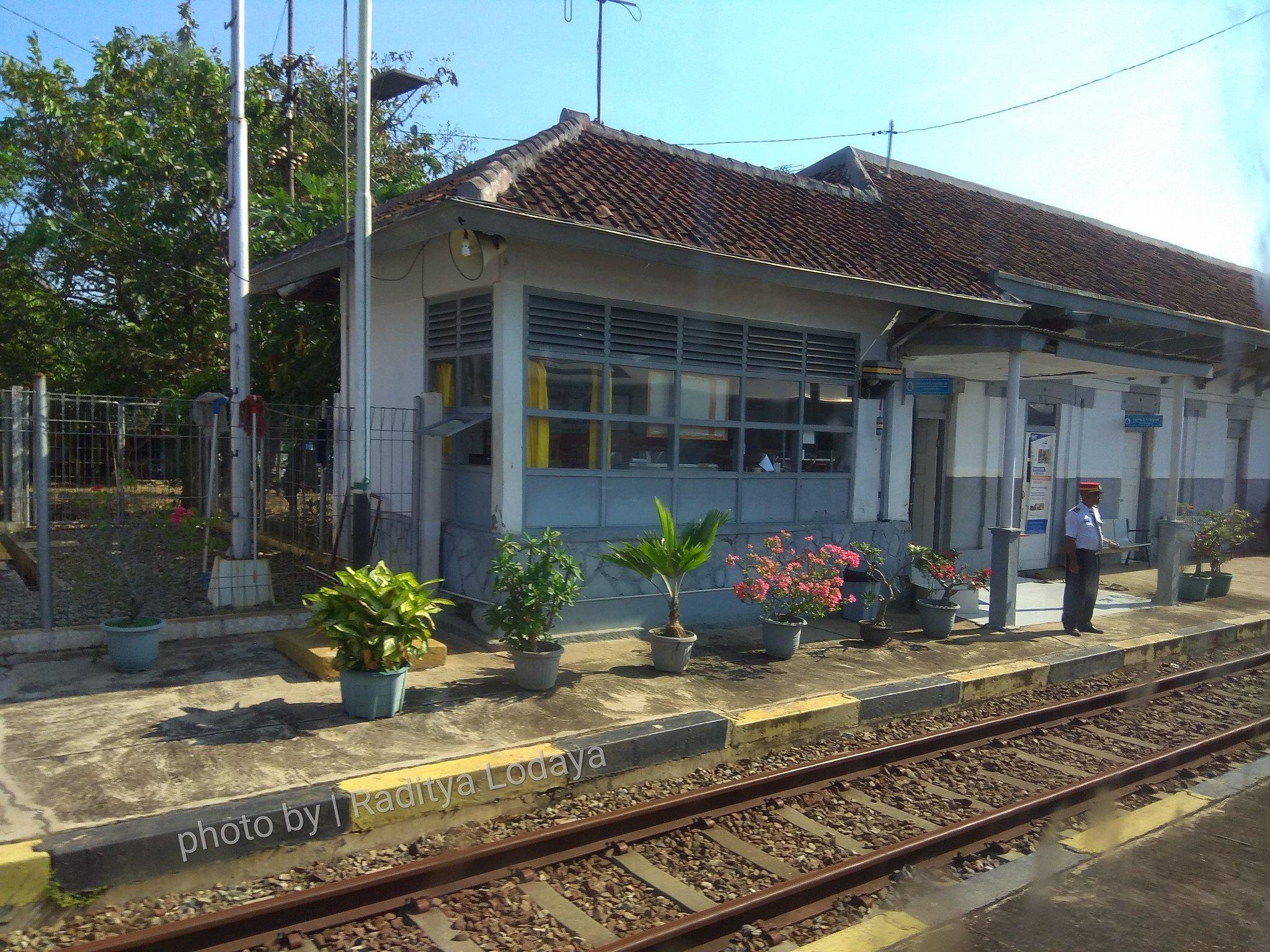 12 TRIP REPORT KERETA API JAYABAYA 1 (JAKARTA-CIREBON) -- STASIUN PASIRBUNGUR 1