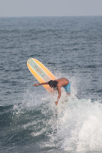 longboarder cranking it
