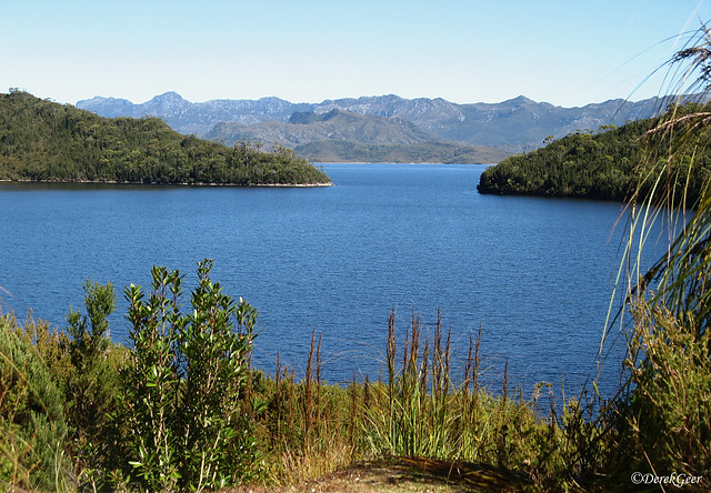 Beautiful Lake Pedder with, Canon POWERSHOT A710 IS