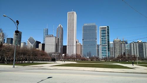 2018 April Chicago skyline