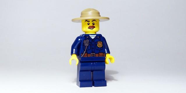 RECENZJA LEGO® City. Witamy w policji (8)