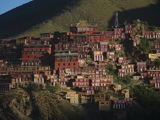 ゾンサルゴンパからペルプンゴンパ(八邦寺)