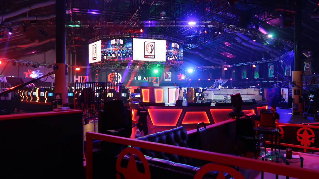 H1PL at Twin Galaxies Sports Arena in Caesar's Entertainment Studios