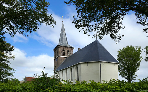 Friesland: Ried village church