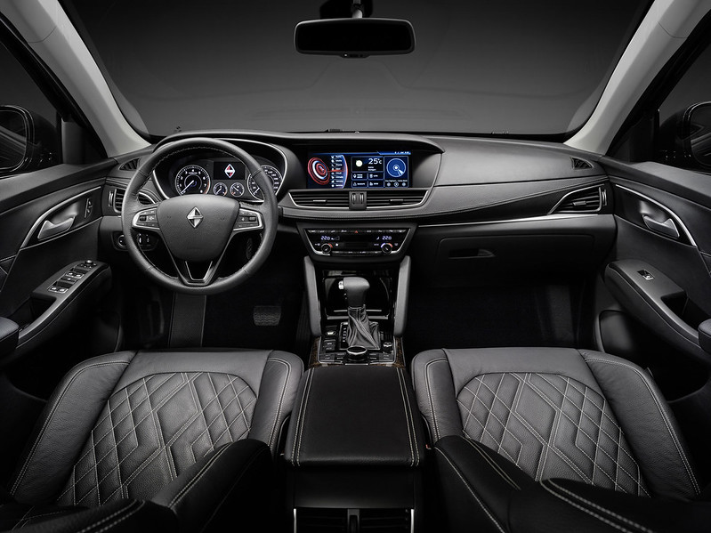 Borgward BX7  Interieur