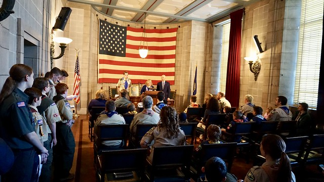 Gov. Ricketts Hosts Nebraska Boy Scouts for Report to the State