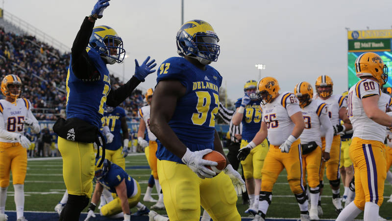 Blue Hen Connection: Nichols joins Nagy in Chicago