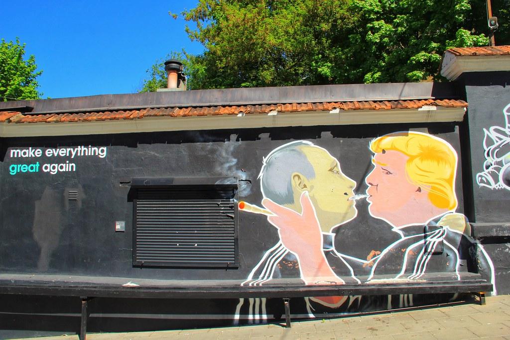 Trump/Putin street art, Vilnius