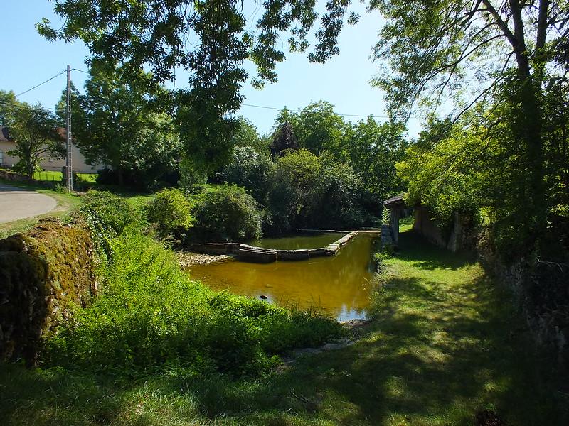 [247-002] Saillac - Lavoir (bourg)