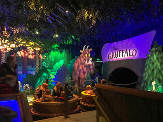 Photo 2 of 10 in the Chessington World of Adventures gallery