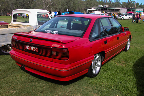 1991 Holden VP Commodore SS sedan