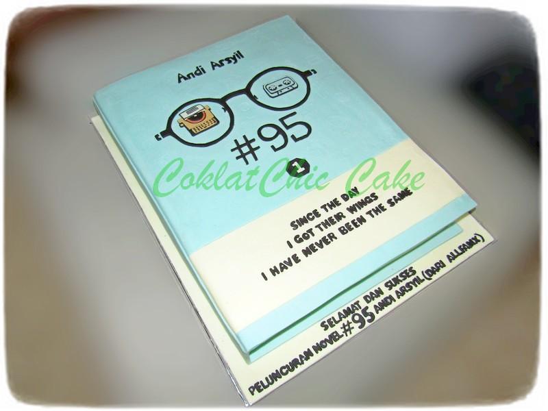 Cake Buku Andi Arsyil 40 cm