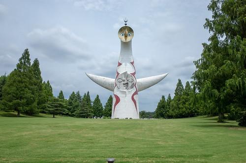 作例:GR2で撮影した太陽の塔