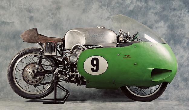 Histoire de la moto. 41324850614_be60252eb6_z