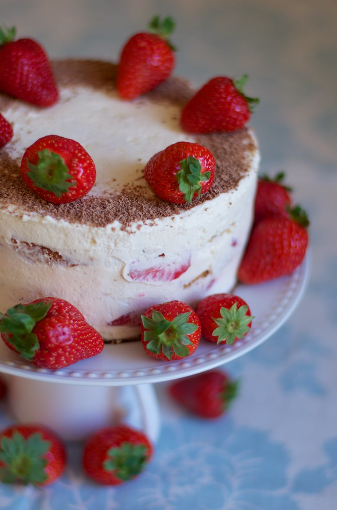Strawberry cake with rhubarb