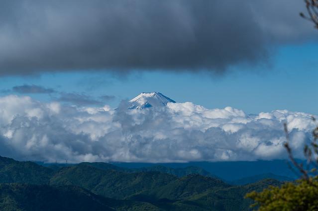 富士山・・・@唐松尾山直下の岩場