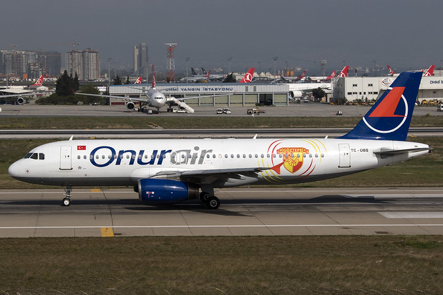 Onur Air A320 TC-OBS, Canon EOS 7D MARK II, Canon EF 28-300mm f/3.5-5.6L IS