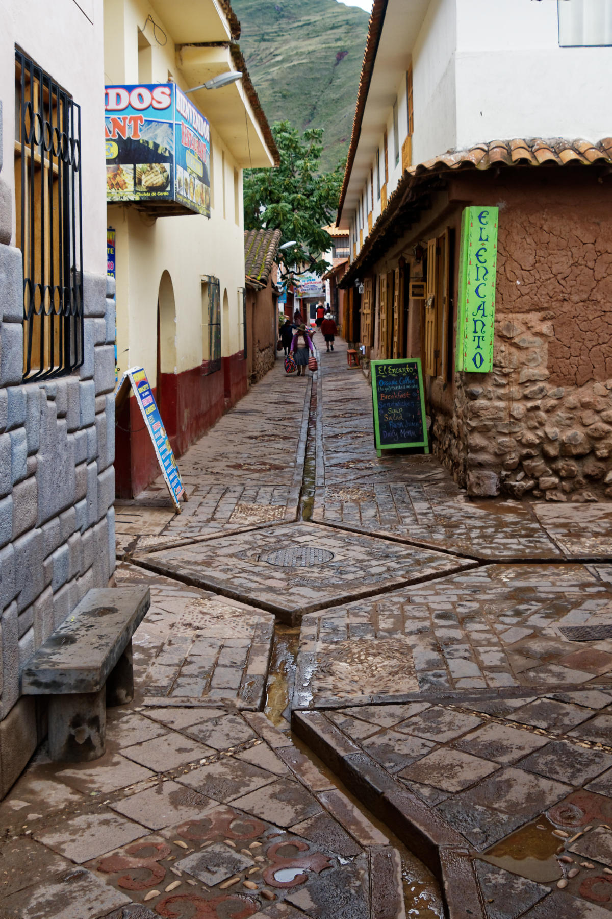 Pisac - aqueducts in the streets to distribute rainwater