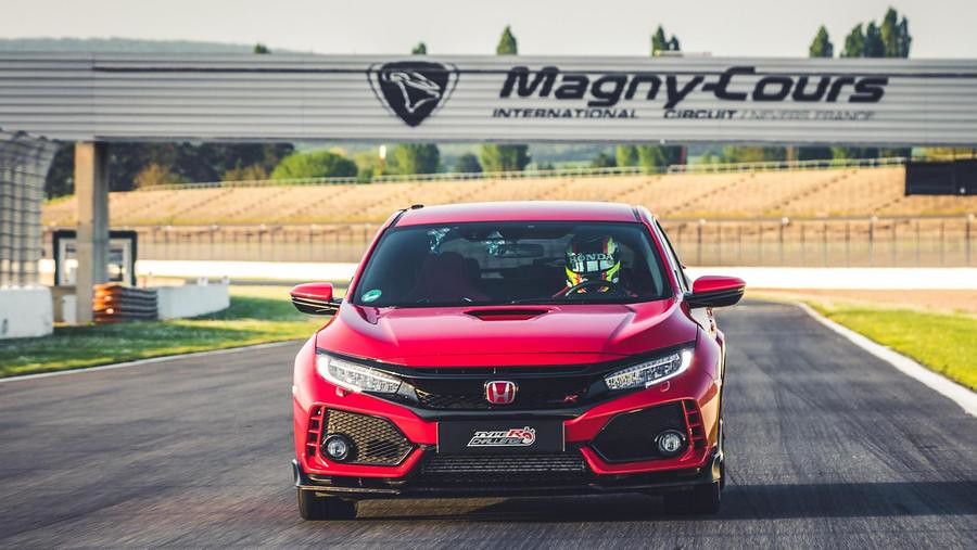 Honda Civic Type R rekord Magny Cours 4