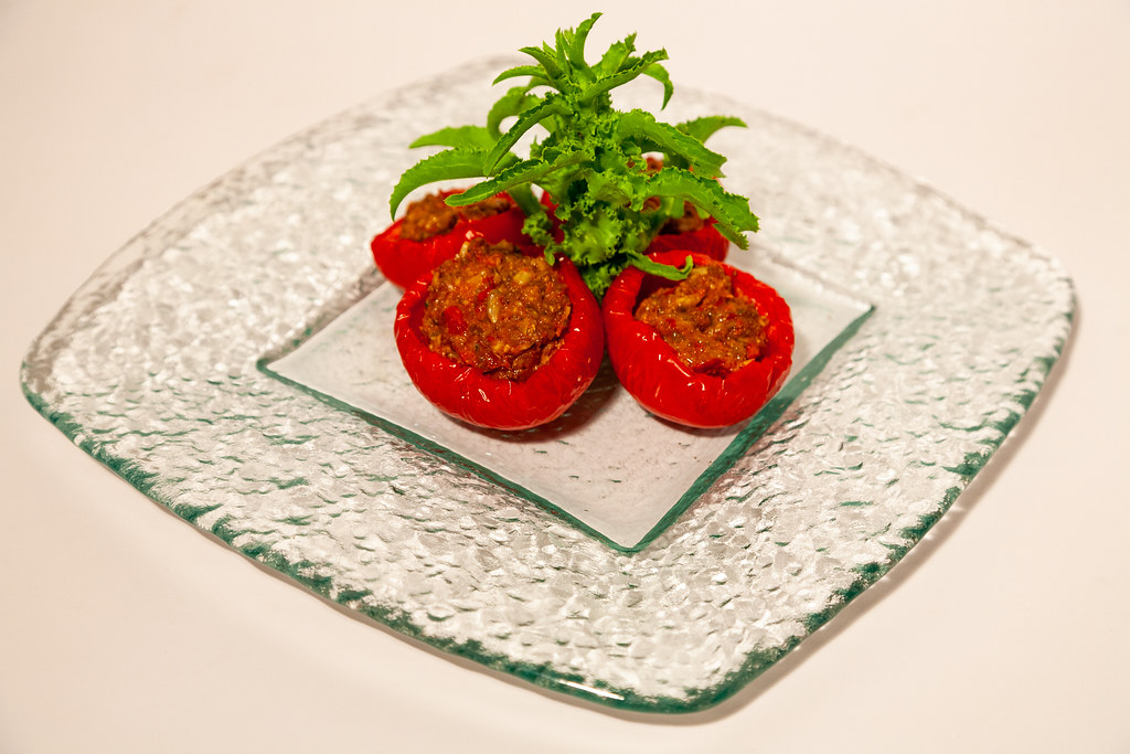 Stuffed raw tomatoes
