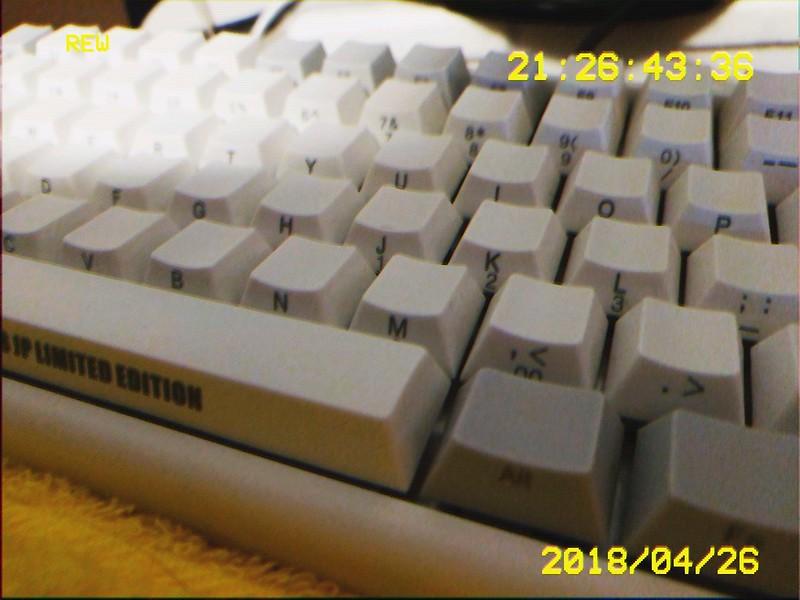 glitchr_1524745606000