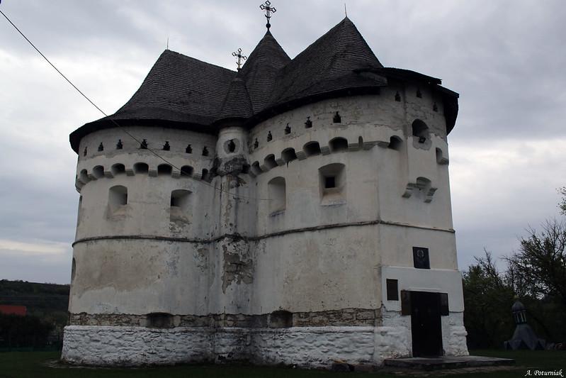 Покровська церква (Сутківці)