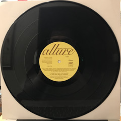 ALLURE:HEAD OVER HEELS(RECORD SIDE-B)