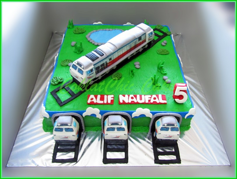 Cake Locomotif Kereta PT KAI ALIF NAUFAL 30 cm
