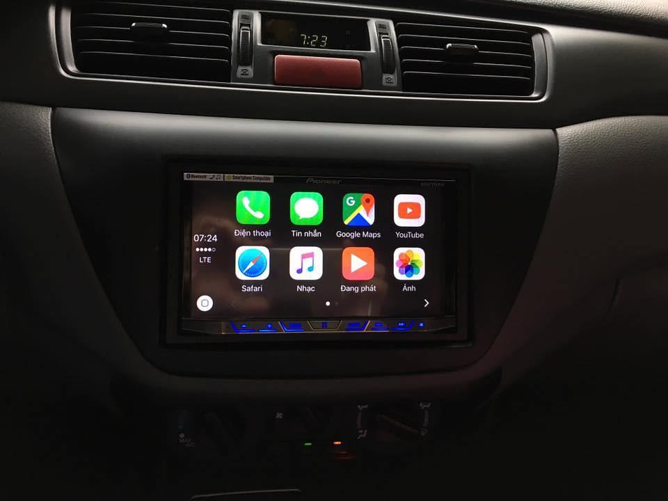 Sử dụng Iphone để thoại rảnh tay, Android Auto để dẫn đường