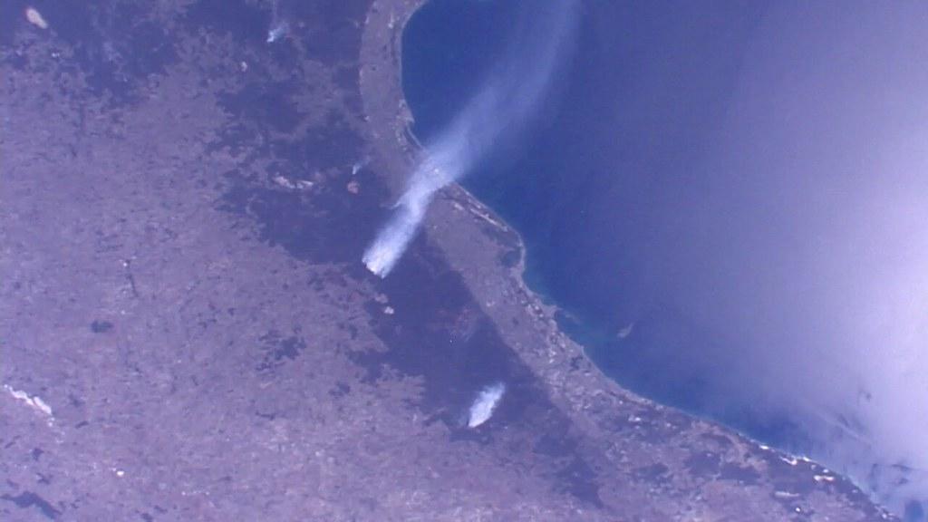 Observation de la Terre depuis l'espace - Page 12 28170239838_6c3121377a_b