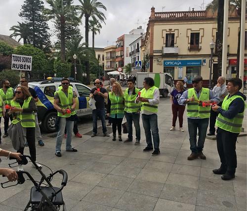 Partido 100% Dos Hermanas en la concentración de la Policía Local