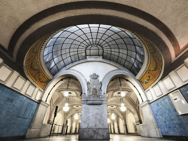 01.- &quot;Heidleberg Platz U-Bahn Berlin&quot; <br />- Javier Morales