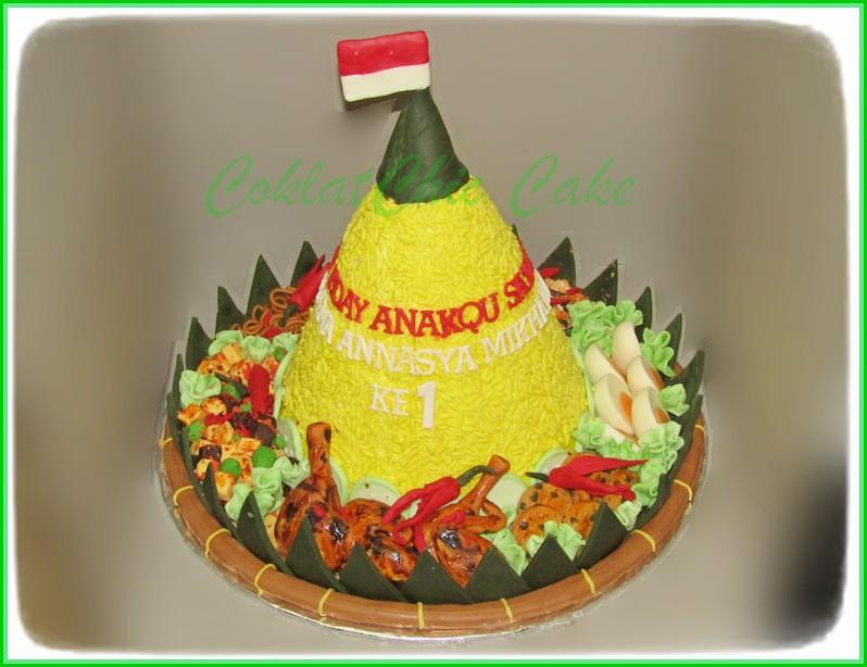 Cake Nasi Tumpeng SHAQUEENA 22 cm