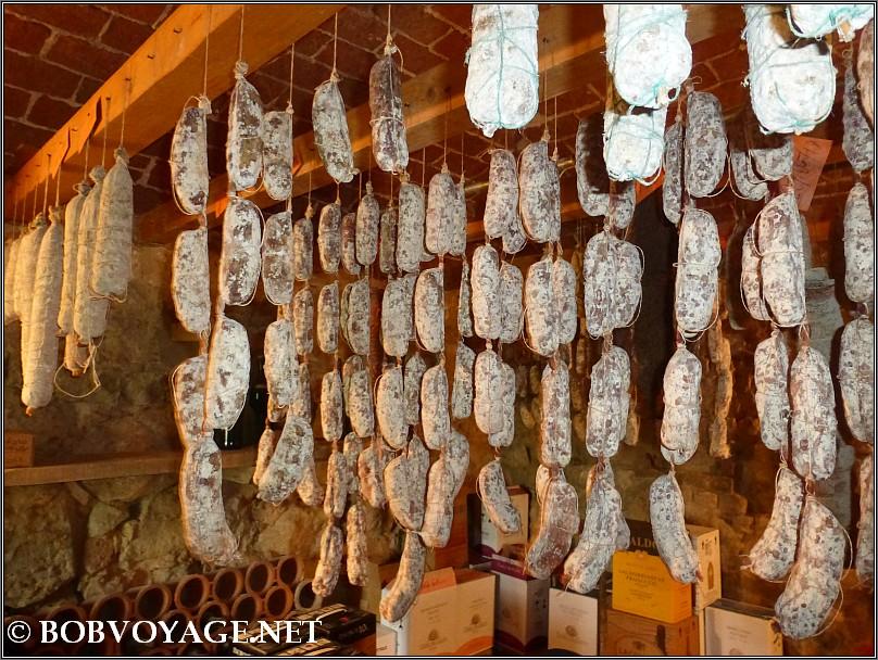 חוות חזירים Parva Domus