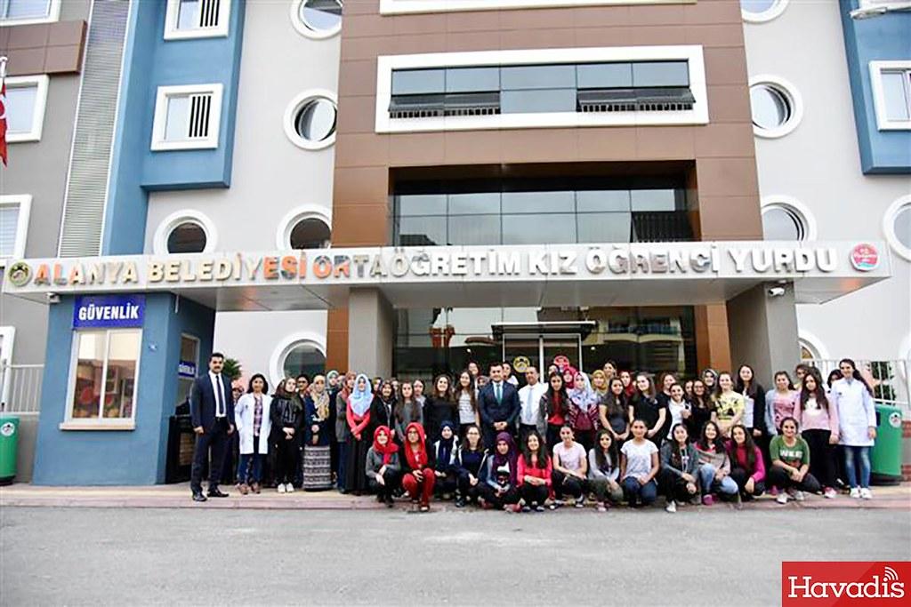 Alanya Belediyesi 'Eğitim şart' diyor