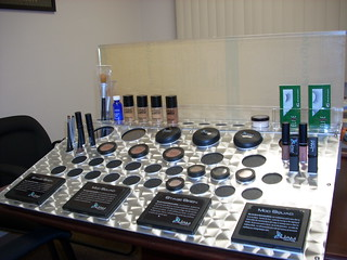 Cosmetic Display
