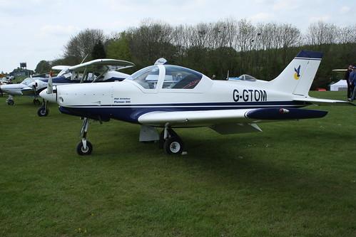 G-GTOM Alpi Aviation Pioneer 300 (LAA 330-14795) Popham 040514