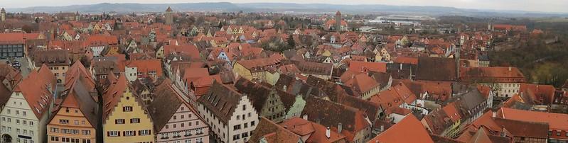 Aussicht von Rathausturm auf Faulturm, Schwefelturm, Hohennersturm und Röderturm<br /> IMG_8036 Panorama